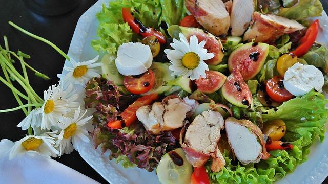 Nízkosacharidová strava, lowcarb, salát..jpg